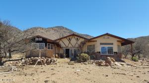 607 N Lupine Place, Bisbee, AZ 85603