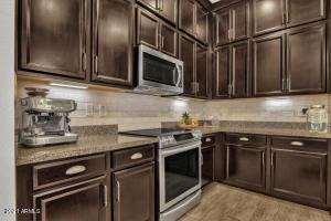 6565 E THOMAS Road, 1090, Scottsdale, AZ 85251