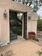 5830 N ECHO CANYON Lane, Phoenix, AZ 85018