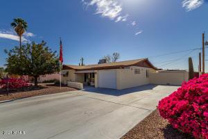 1316 S GRAND Drive, Apache Junction, AZ 85120