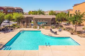 240 W JUNIPER Avenue, 1235, Gilbert, AZ 85233
