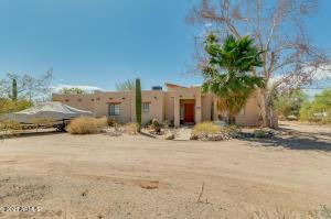 2430 N SOSSAMAN Road, Mesa, AZ 85207