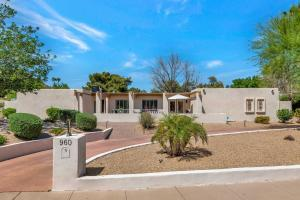 960 W MOON VALLEY Drive, Phoenix, AZ 85023
