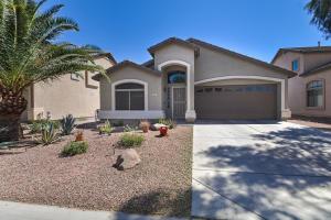 853 E MOUNTAIN VIEW Road, San Tan Valley, AZ 85143