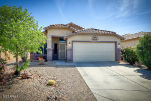 33369 N STONE RIDGE Drive, San Tan Valley, AZ 85143