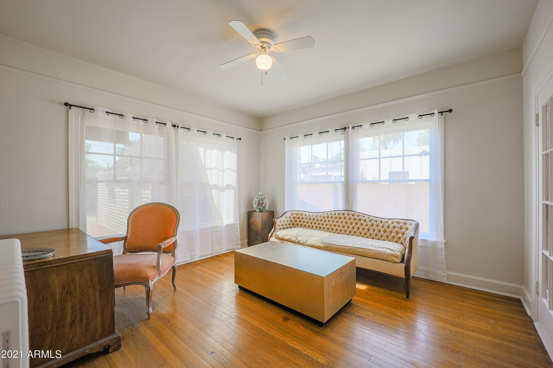 7TH Avenue, Phoenix, Arizona 85007, 4 Bedrooms Bedrooms, ,3.5 BathroomsBathrooms,Residential,For Sale,7TH,6210423