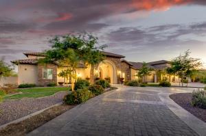 18931 W VERDE Lane, Litchfield Park, AZ 85340