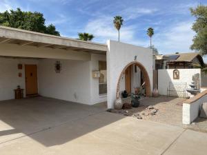 2141 W DAHLIA Drive, Phoenix, AZ 85029