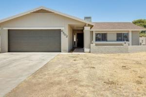 6502 W MERCER Lane, Glendale, AZ 85304