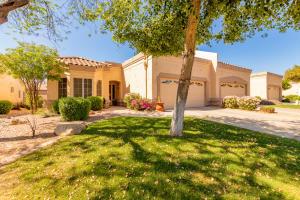 8878 W PIUTE Avenue, Peoria, AZ 85382