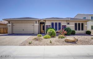 7453 S PARKCREST Street, Gilbert, AZ 85298