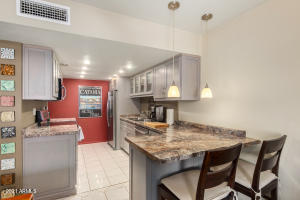 1266 E MEDLOCK Drive, Phoenix, AZ 85014