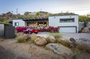 2405 E MARCO POLO Road, Phoenix, AZ 85024