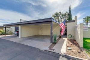 2842 N 49TH Place, Phoenix, AZ 85008