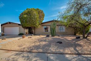 2415 W OSAGE Avenue, Mesa, AZ 85202