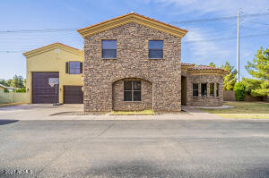 10004 S GREENFIELD Road, Gilbert, AZ 85234
