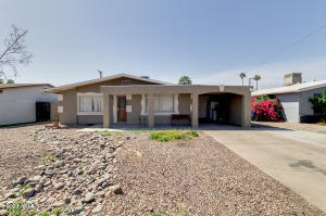 5219 W ROANOKE Avenue, Phoenix, AZ 85035