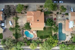 10255 E DREYFUS Avenue, Scottsdale, AZ 85260