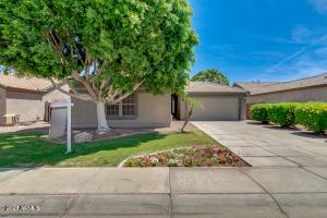 715 S NEWPORT Street, Chandler, AZ 85225