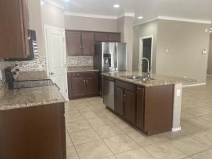 634 W KERRY Lane, Phoenix, AZ 85027