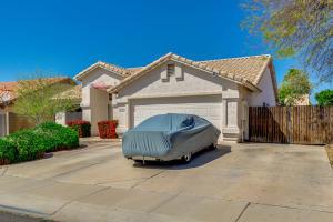 2206 E SHERRI Drive, Gilbert, AZ 85296
