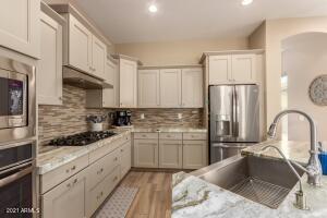 20261 E HUMMINGBIRD Drive, Queen Creek, AZ 85142