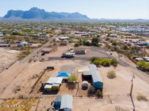 920 E TAMARISK Street, Apache Junction, AZ 85119