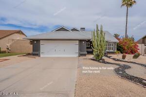 1708 E PARADISE Lane, Phoenix, AZ 85022