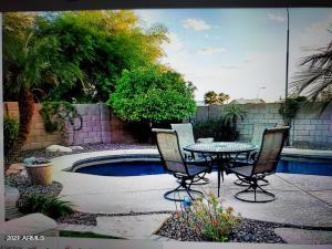 1551 E CARLA VISTA Drive, Chandler, AZ 85225