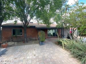 808 E LAMAR Road, Phoenix, AZ 85014