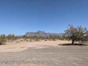 626 N COLT Road, Apache Junction, AZ 85119