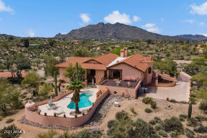 8050 E PAINT PONY Drive, Carefree, AZ 85377