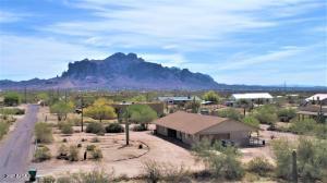 1425 E KANIKSU Street, Apache Junction, AZ 85119
