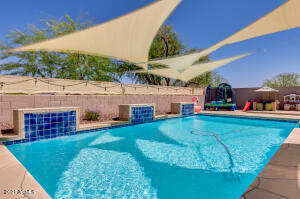 Pool with removable custom sun shades