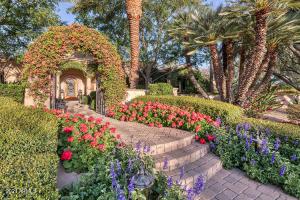 7300 N 70TH Street, Paradise Valley, AZ 85253