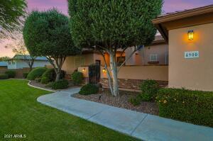 4900 W GREENWAY Road, Glendale, AZ 85306