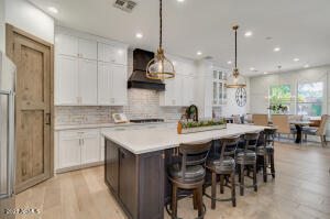 Open and bright kitchen with soft-close cabinets and drawers