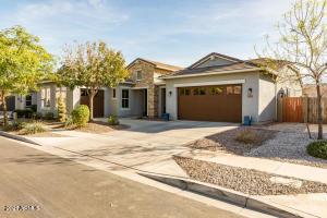 3541 E LOMA VISTA Street, Gilbert, AZ 85295