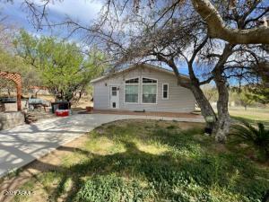 8900 S SIX SHOOTER CANYON Road, Globe, AZ 85501