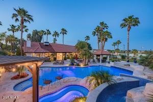 6921 W VOLTAIRE Avenue, Peoria, AZ 85381