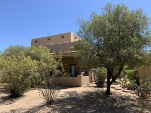 38065 N CAVE CREEK Road, 11, Cave Creek, AZ 85331