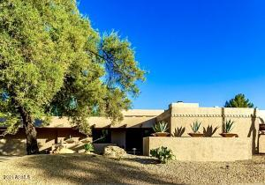 8101 E DEL TIBURON Drive, Scottsdale, AZ 85258