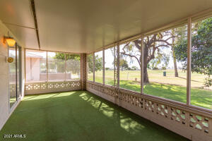 Screened In Patio with Golf Course Views!