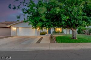 8431 E SAN MIGUEL Avenue, Scottsdale, AZ 85250