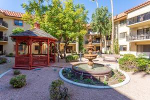 Lovely Secret Garden courtyard