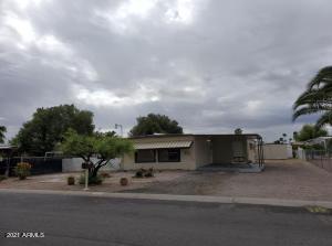 913 S EVANGELINE Avenue, Mesa, AZ 85208