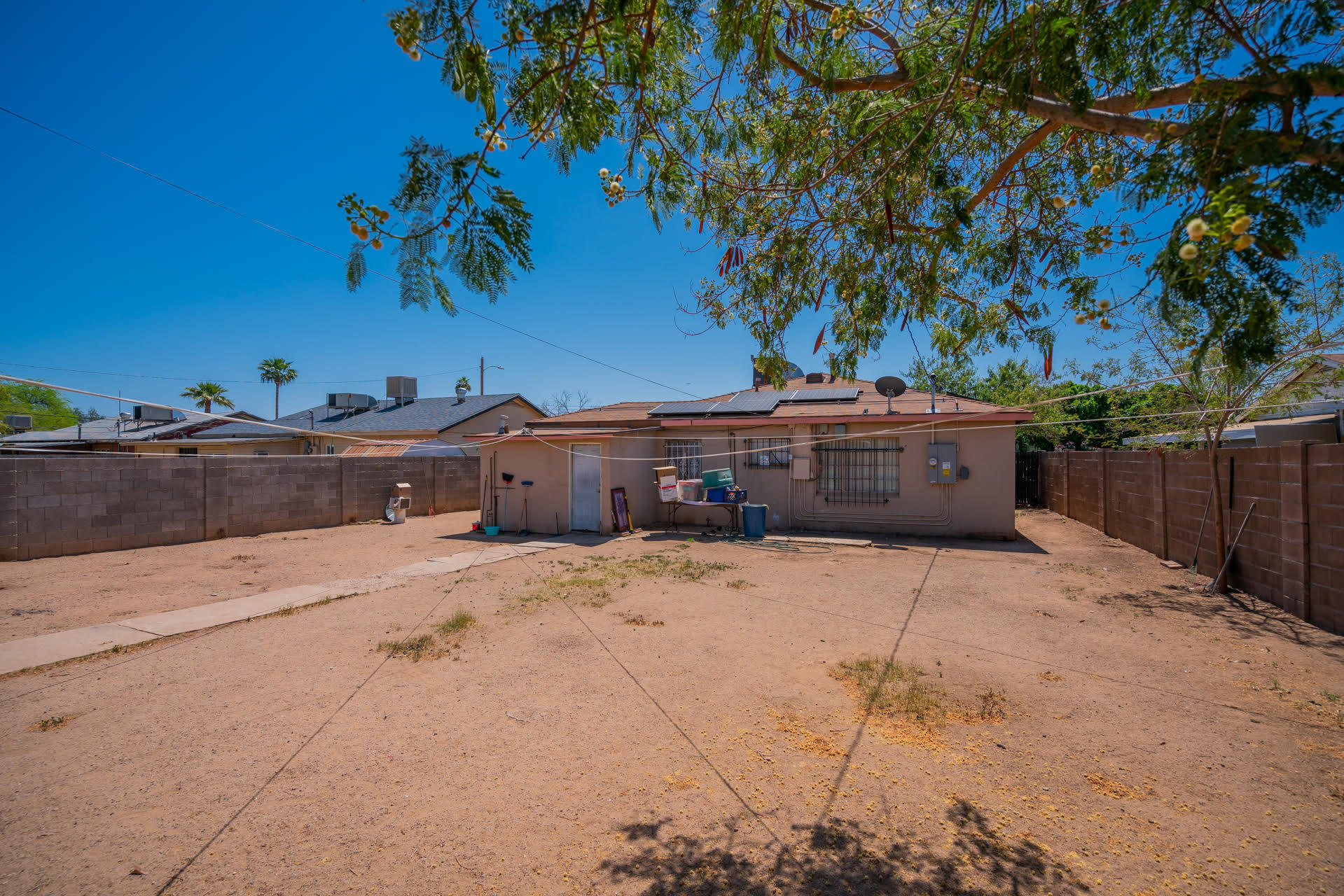 2030 MONTE VISTA Road, Phoenix, Arizona 85009, 3 Bedrooms Bedrooms, ,1 BathroomBathrooms,Residential,For Sale,MONTE VISTA,6227301