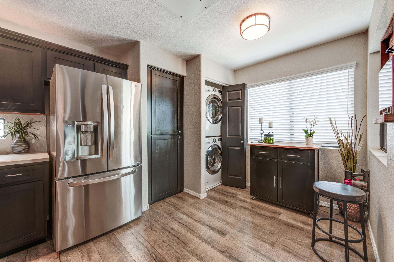 9455 RAINTREE Drive, Scottsdale, Arizona 85260, 2 Bedrooms Bedrooms, ,2 BathroomsBathrooms,Residential,For Sale,RAINTREE,6230111