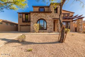 18121 W LAS CRUCES Drive, Goodyear, AZ 85338