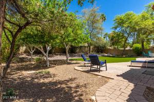 5520 E KINGS Avenue, Scottsdale, AZ 85254